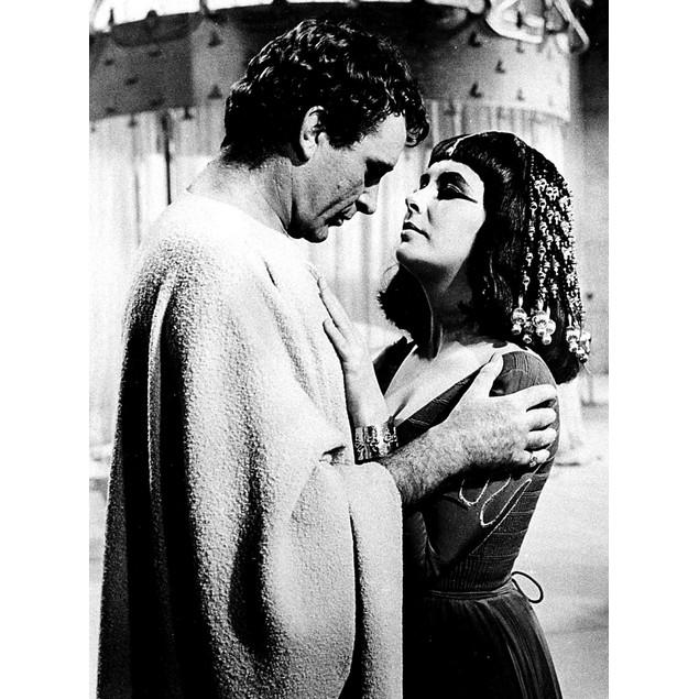 Elizabeth Taylor and Richard Burton in Cleopatra Poster