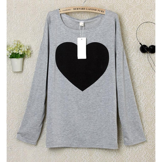 Women Love Heart Printed Long Sleeved Round Neck T-Shirt