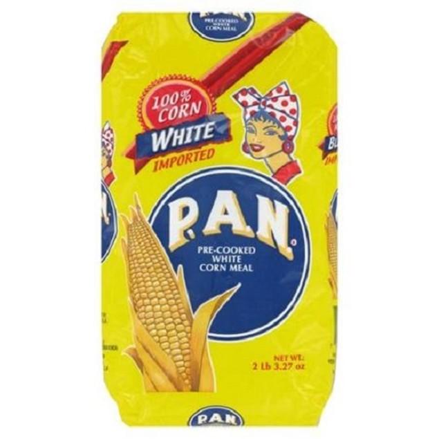 P.A.N. White Cornmeal Maiz Blanco