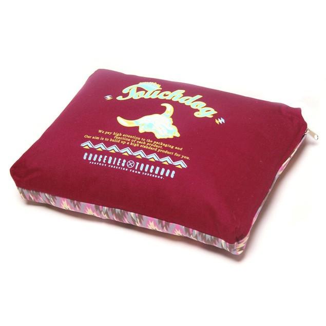 Touchdog 70's Vintage-Tribal Throwback Plush Rectangular-Boxed Dog Bed