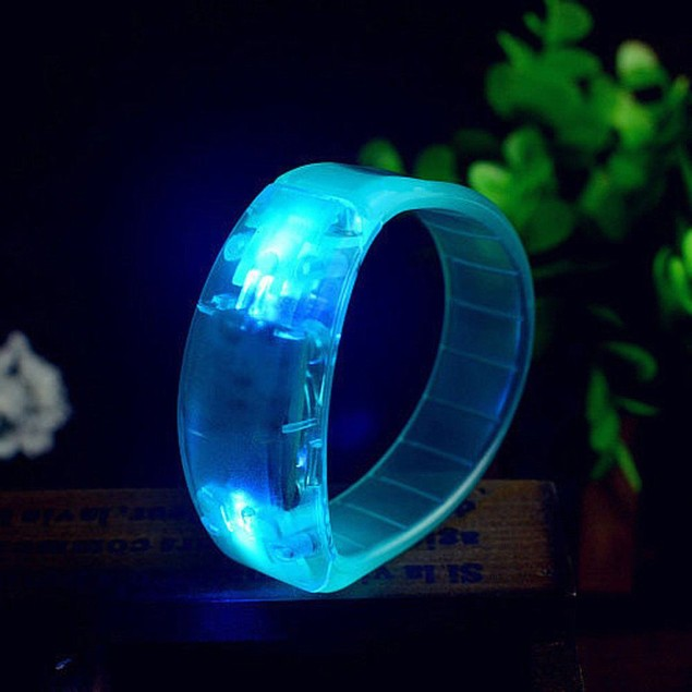 Sound Controlled Voice LED Light Up Bracelet Activated Glow Flash Bangle