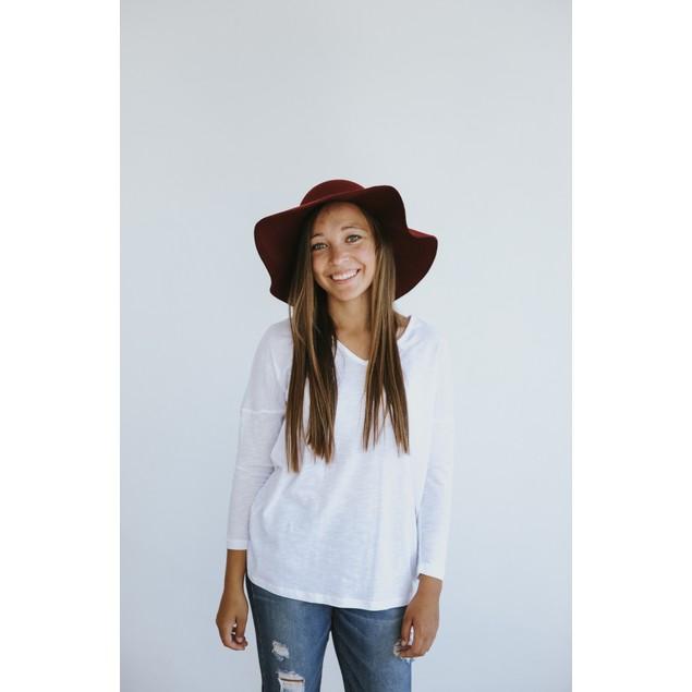 Makeena 3/4 sleeve Comfy V-Neck Top