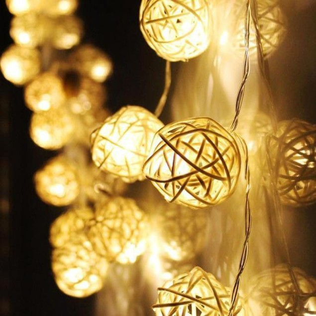 20 LED Color Rattan Ball String Fairy Lights