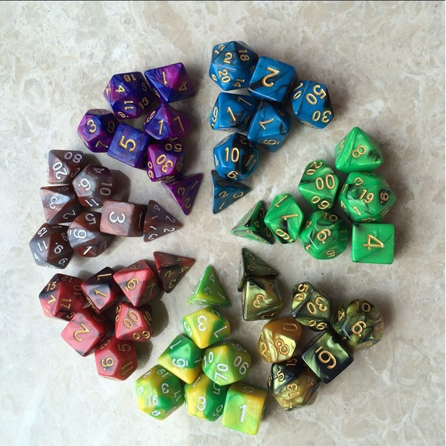 7PC Game Dungeons & Dragons Polyhedral D4-D20 Multi Sided Acrylic Dice