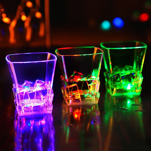 LED Flashing Change Water Activated Beer Whisky Cup Mug Party Bar Supplies