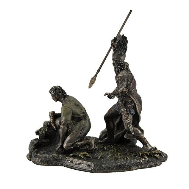 Nibelungenlied Siegfried's Tod Hagen Killing Statues