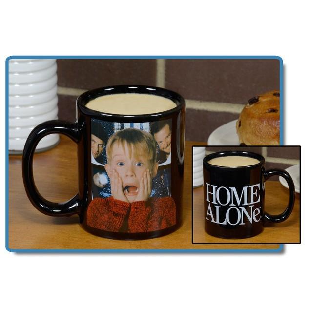Home Alone Black Decal 11 oz Mug Kevin McCallister Wet Bandits