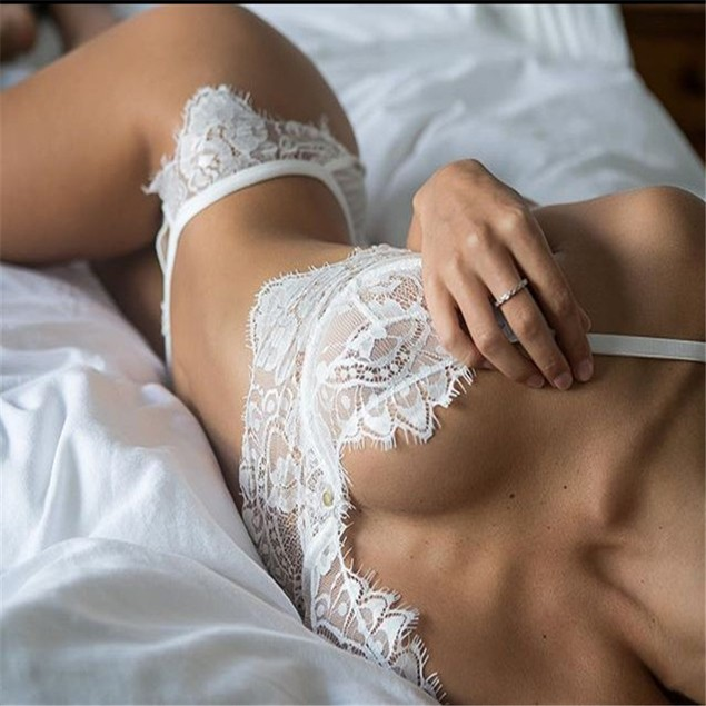 Women Lace lingerie set
