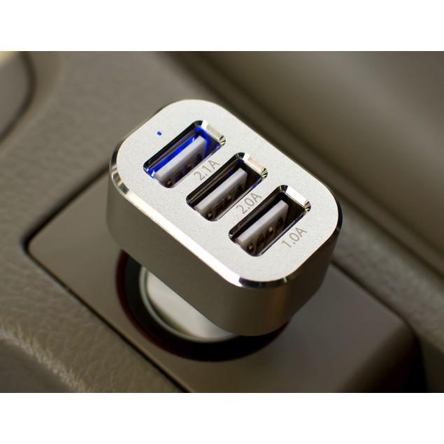 COMBO Universal Car Mount & 3-Port Car Charger Bundle