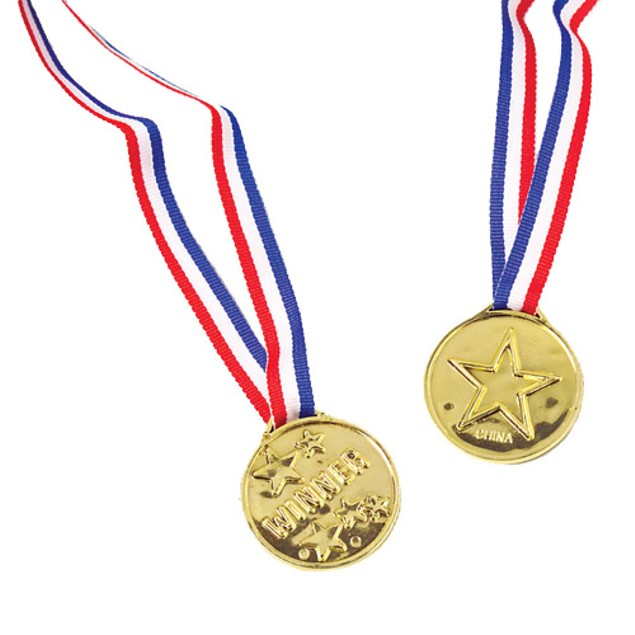 Plastic Gold Winner Medal USA Gift Party Olympics