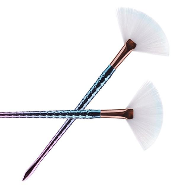 Fashion 1Pc Fan Brush Diamond Portable Slim Professional Makeup Brush 244