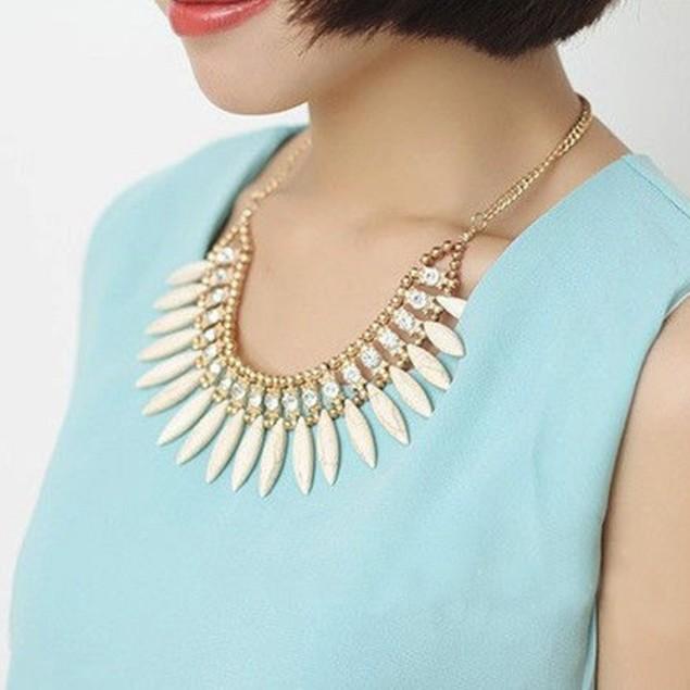 Women Vintage Leaf Rhinestone Pendant Necklace