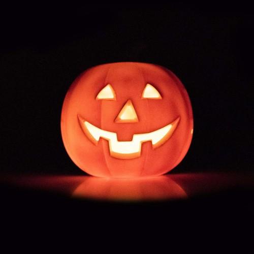 Orange Bluetooth LED Lightup Speaker EpicXL PK100 Halloween Dancing Pumpkin