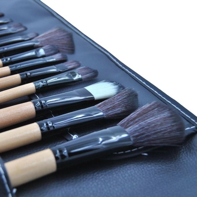 18x Cosmetic Makeup Brushes Set Contour Eyebrow Lip EyeShadow Brush Wood