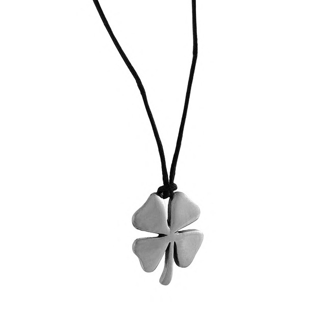 Silver Finished Four Leaf Clover Good Luck Pendant Womens Pendant Necklaces