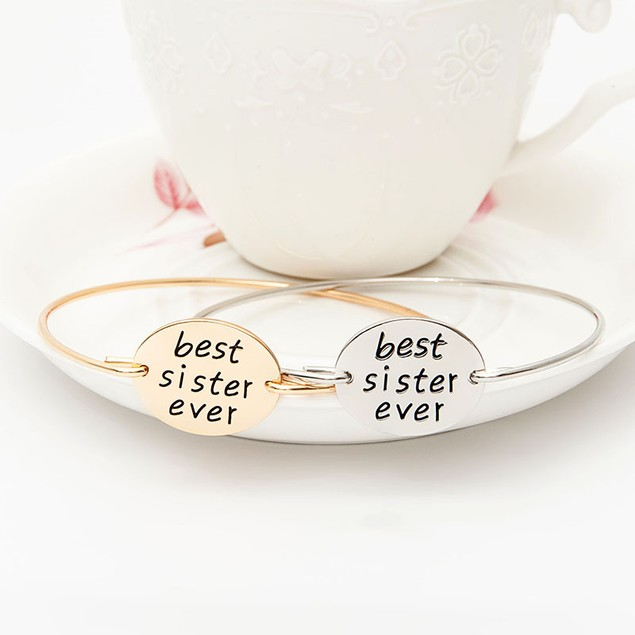 Best Sister Ever Bangle Bracelet - 2 Colors