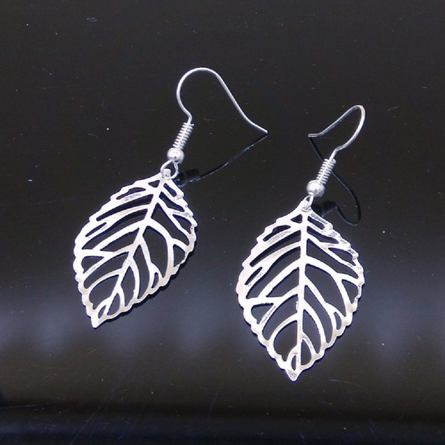 Silver Tone Leafe Shaped Earrings