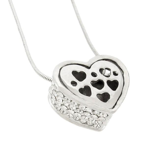 Rhinestone Encrusted Heart Necklace / Pendant Womens Pendant Necklaces