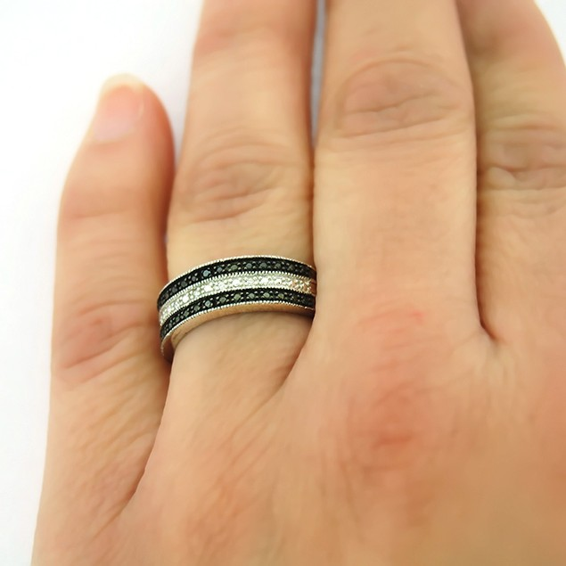 Genuine Black & White Diamond Rings