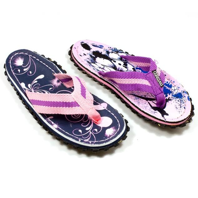 Women's Beach Sandals - Pink Hibiscus