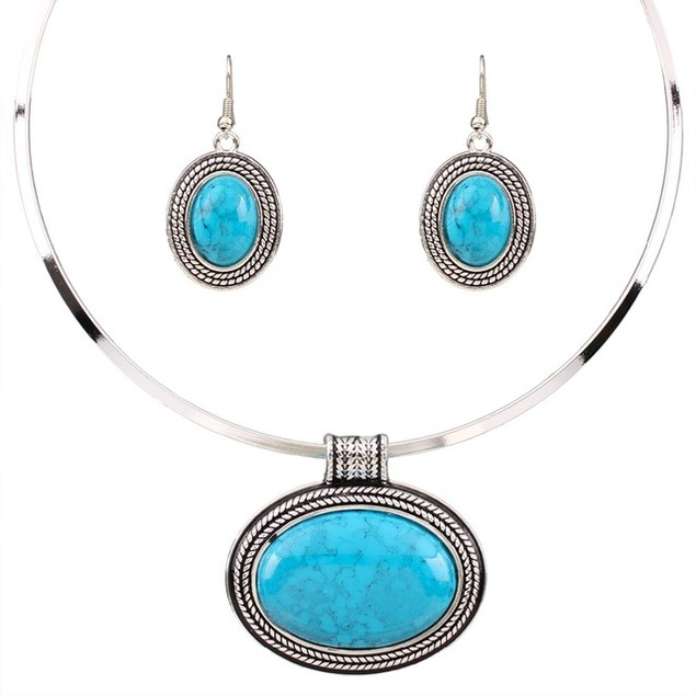 Oval Turquoise Collar Setting Necklace Set
