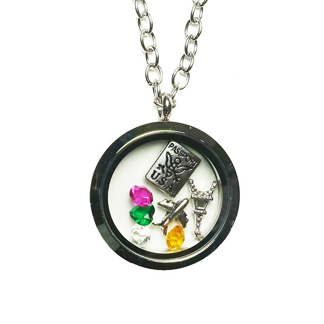 Love To Travel Magnetic Locket