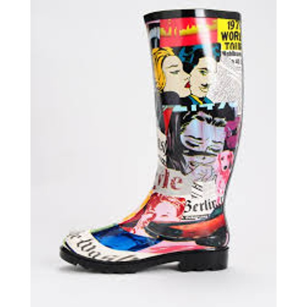 Newspaper Headlines Print Face Art Mural Boots