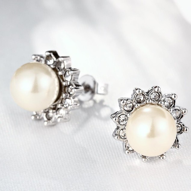 White Gold Plated Imitation Pearl Star Studded Earrings