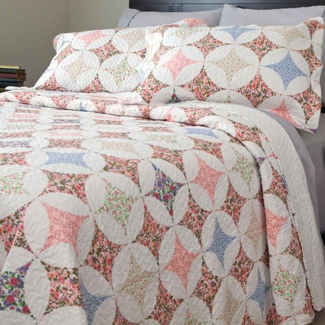 Lavish Home Charlotte Quilt 3 Piece Set
