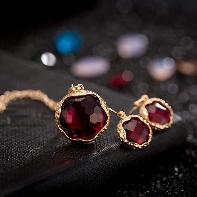 Gold Plated Sleek Ruby Necklace & Earrings Set
