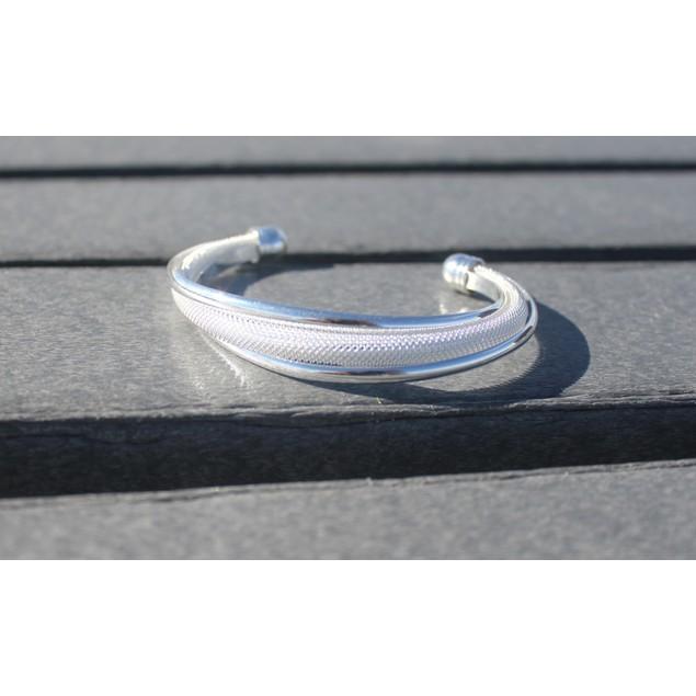 Chic Cuff Bangle Bracelet