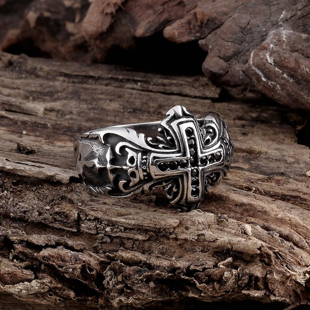 The English Cross Stainless Steel Ring