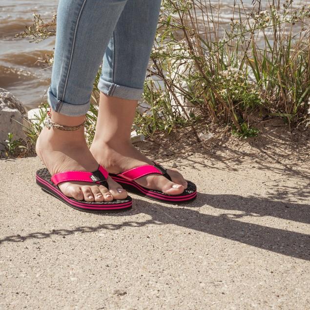 MUK LUKS Women's Emma Flip Flops