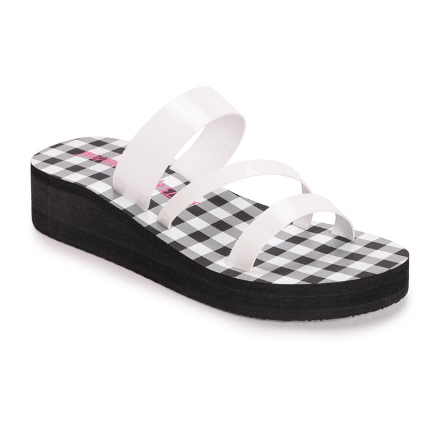 Betsey JohnsonWomen's Low Wedge Sandals