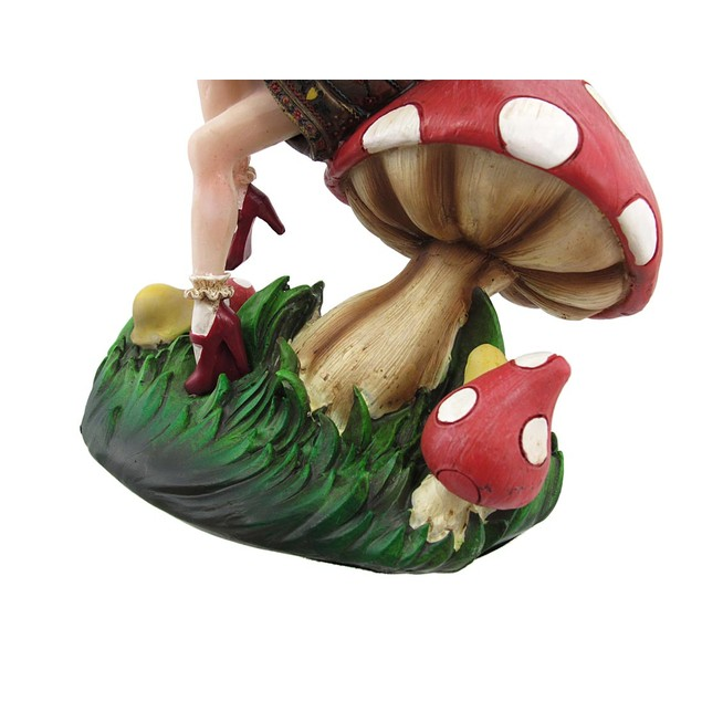 Fantastic Fairy Witch And Frog Prince Statue Collectible Figurines