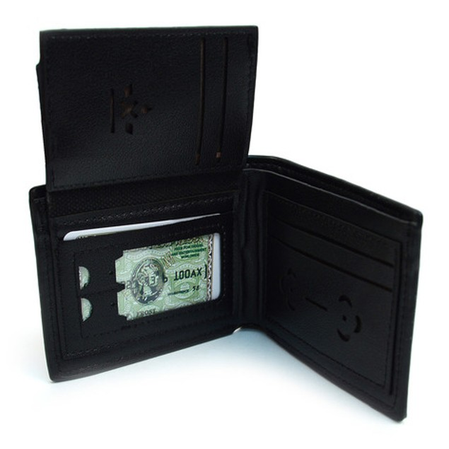 Men's Leather Bi-Fold Wallet & Auto Slide Belt Set