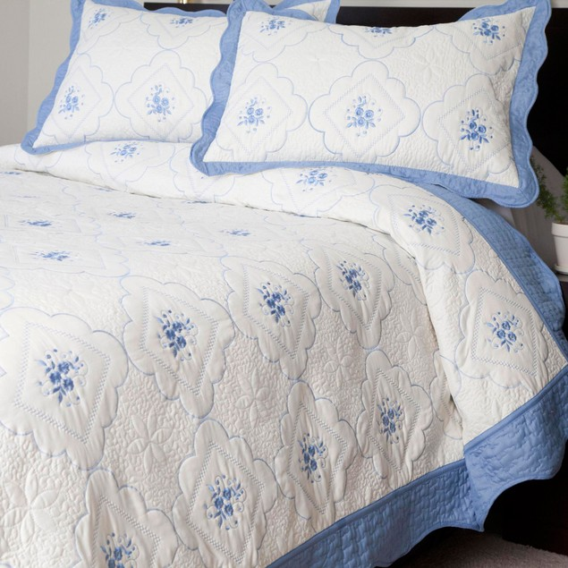 Lavish Home Brianna Embroidered Quilt 3 Pc. Set