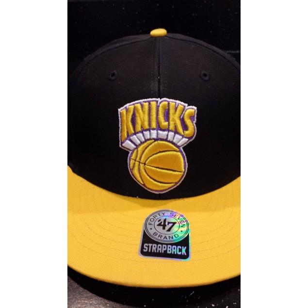 "New York Knicks NBA '47 Brand HWC ""Team Flip"" Strapback Hat"