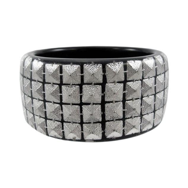 1 1/2 Inch Wide Silvertone Pyramid Studded Lucite Womens Bangle Bracelets
