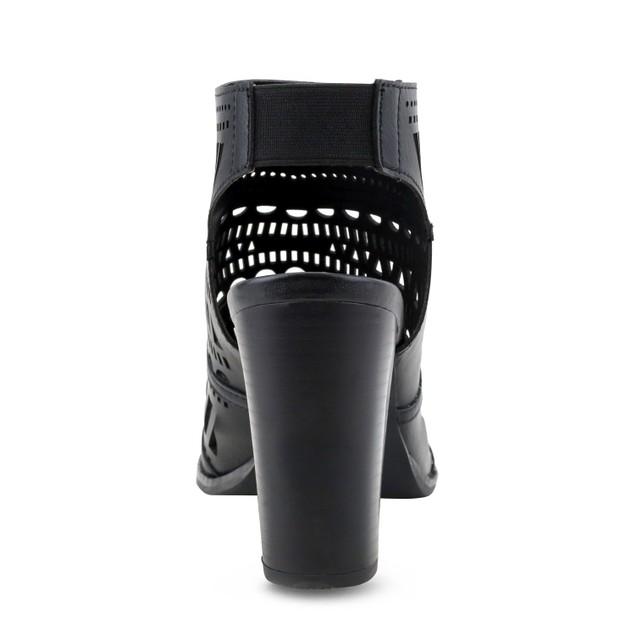 Olivia Miller 'Ridgewood' Chunky Heel Perforated Open Back Peep Toe Booties